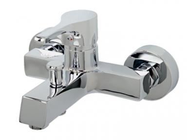 Magnum Смеситель для ванны 5011101 VENEZIA